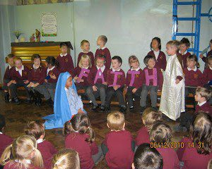 Advent assembly - 2010 011