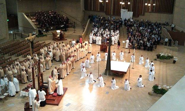 Diaconate Ordination – Jay and Candy assist