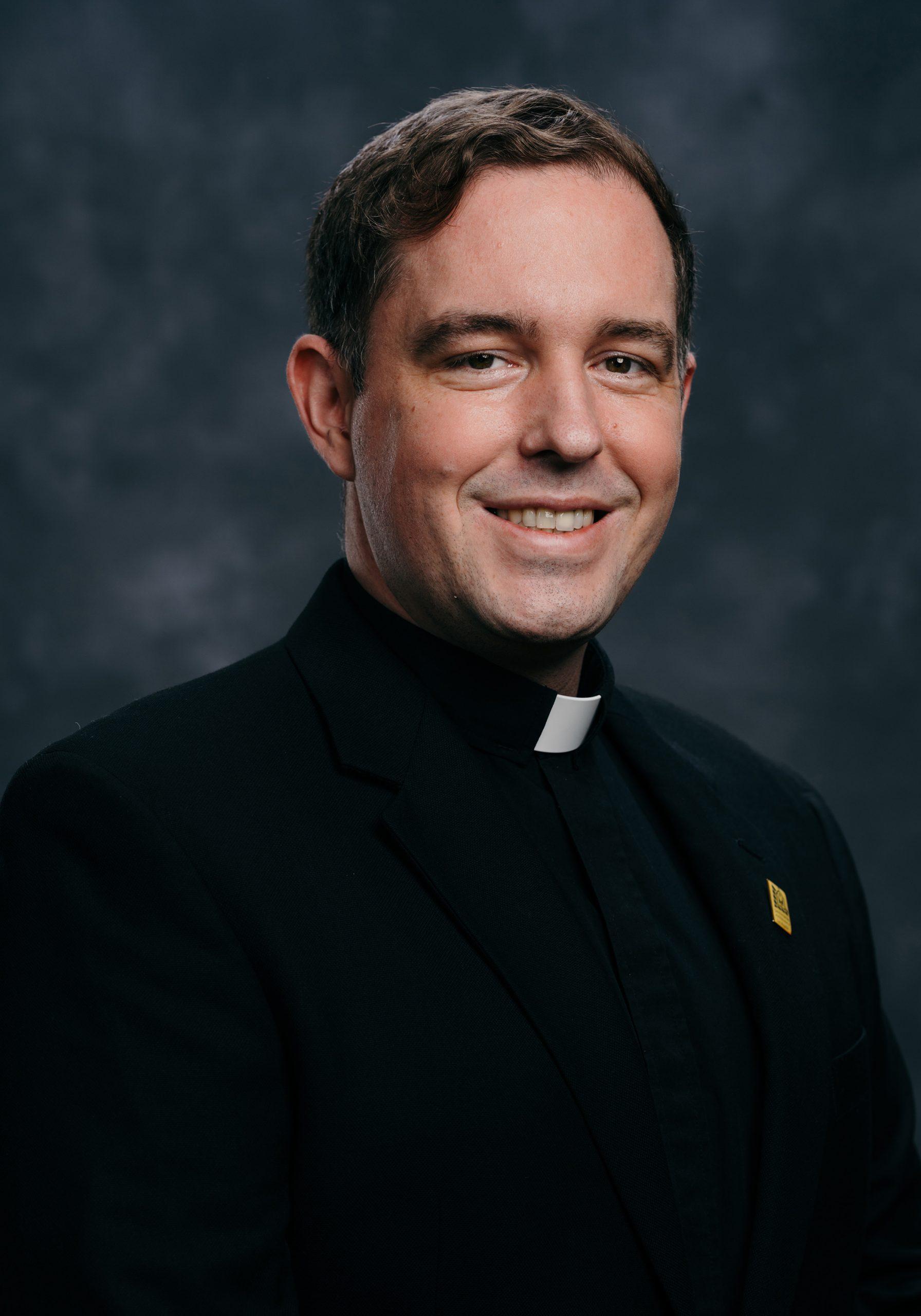 Father Andrew Hedstrom : Associate Pastor